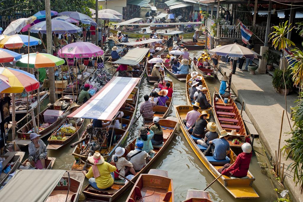 damnoen_saduak_floating_market